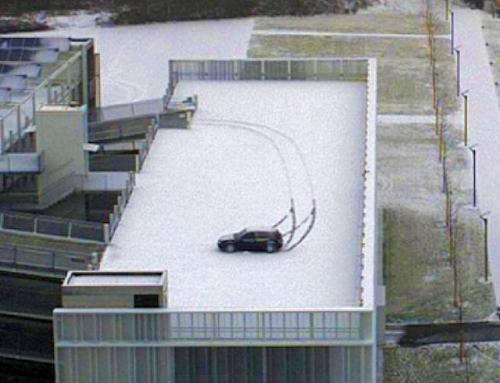 Auto Schleuder Schnee1  00003